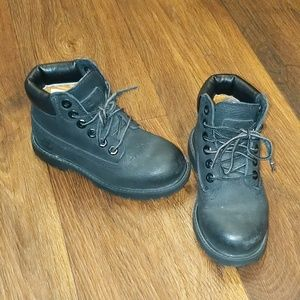 Black leather timberland boots youth 10